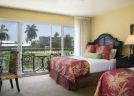 Dog Friendly Golf Course Double Queen Guestroom